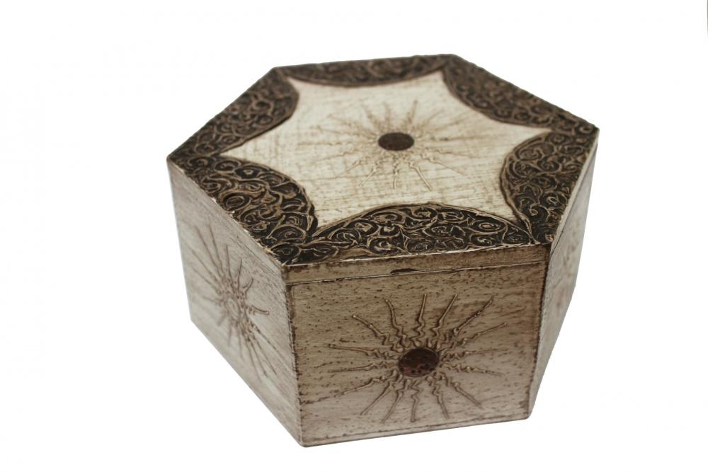 sechseckige holzbox wei naturesco. Black Bedroom Furniture Sets. Home Design Ideas